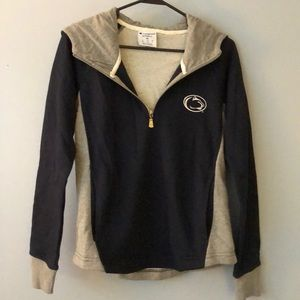 Penn State pullover with hood . Champion XS